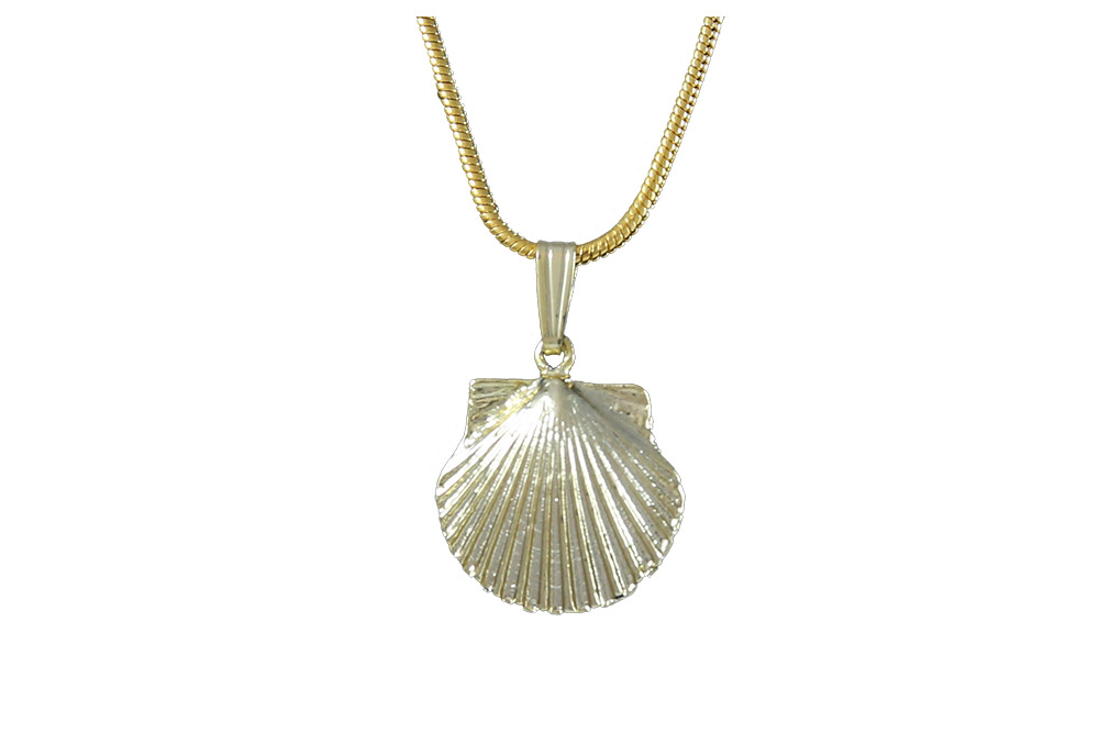 il dainty listing scallop bunting necklace