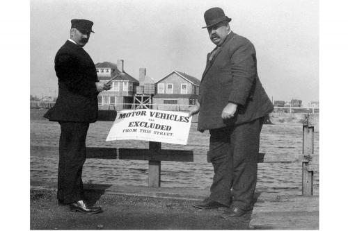 Motor Vehicles are Excluded From This Street. November 2nd, 1913